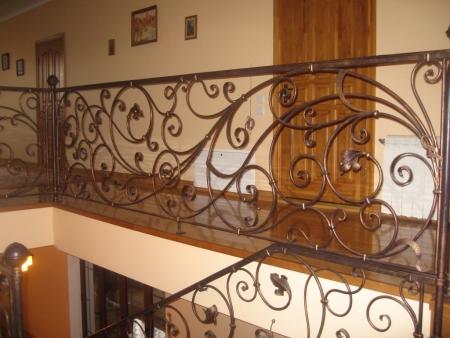 Кованые лестничные ограждения в Казани